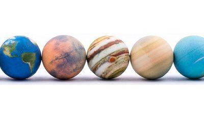 A wonderful AR Solar System Set